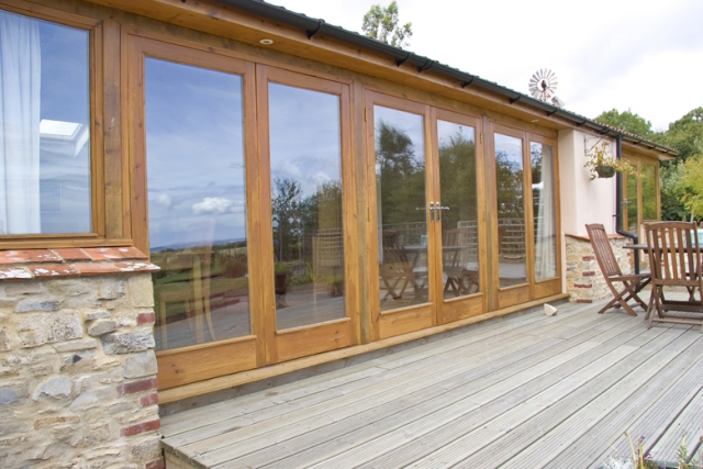 Holiday annex in Taunton with joinery doors and large decked area