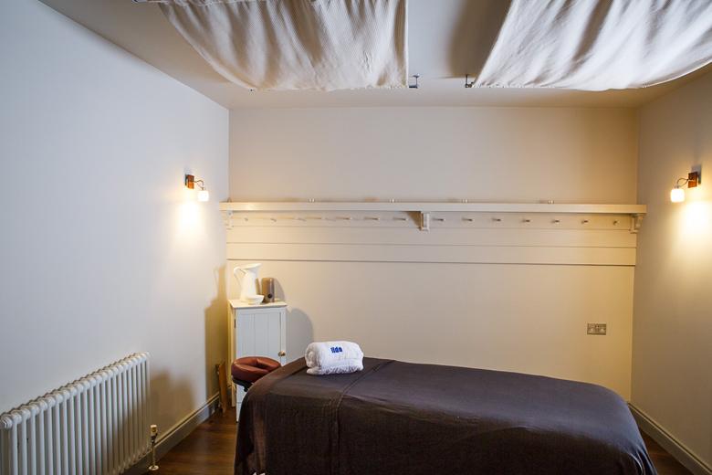 Lido treatment rooms, Bristol